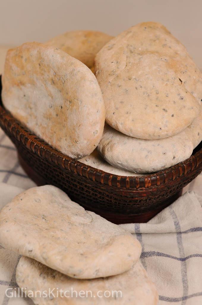 Nigella seed pitta breads--4