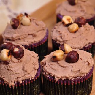 Hummingbird Hazelnut and Nutella Cupcakes 2