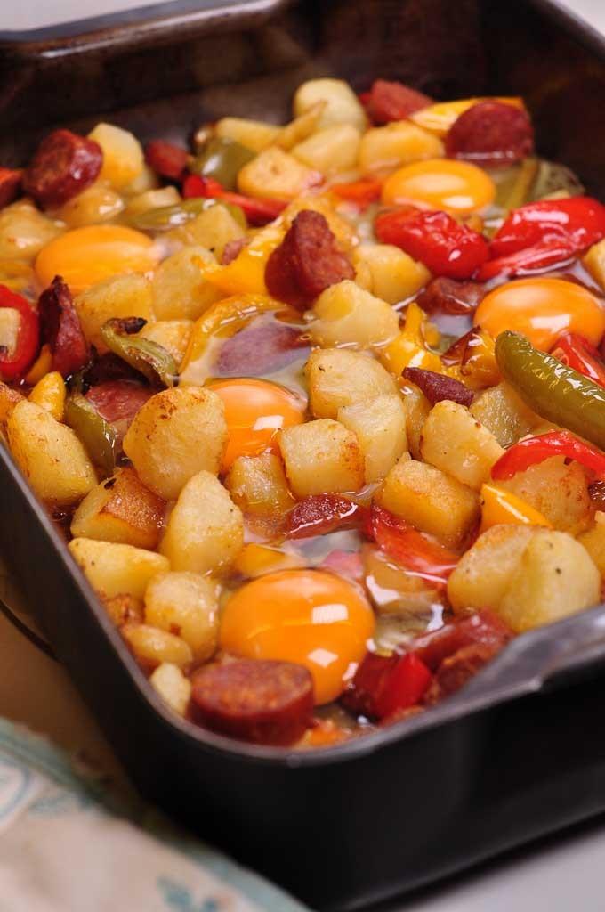 chorizo potato and egg tray bake with cracked eggs 3