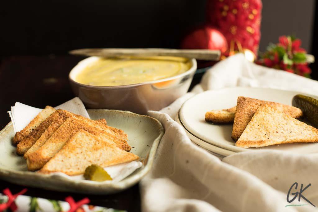 Chicken Liver Pâté with melba toasts portrait