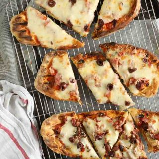quick & easy flat bread pizza from above