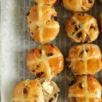 hot cross buns, buttered